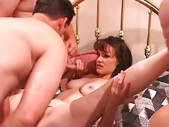 Veronica snow, More cum, Cum can, Milf gangbang