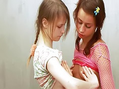 Russian lesbian, Lesbian body